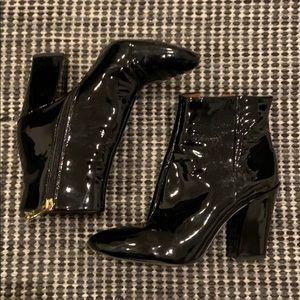 LOUISE ET CIE black paten booties heels Sz 7 / 37